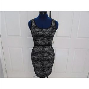NEW-Women's BANANA REPUBLIC Black Marble Dress 0P